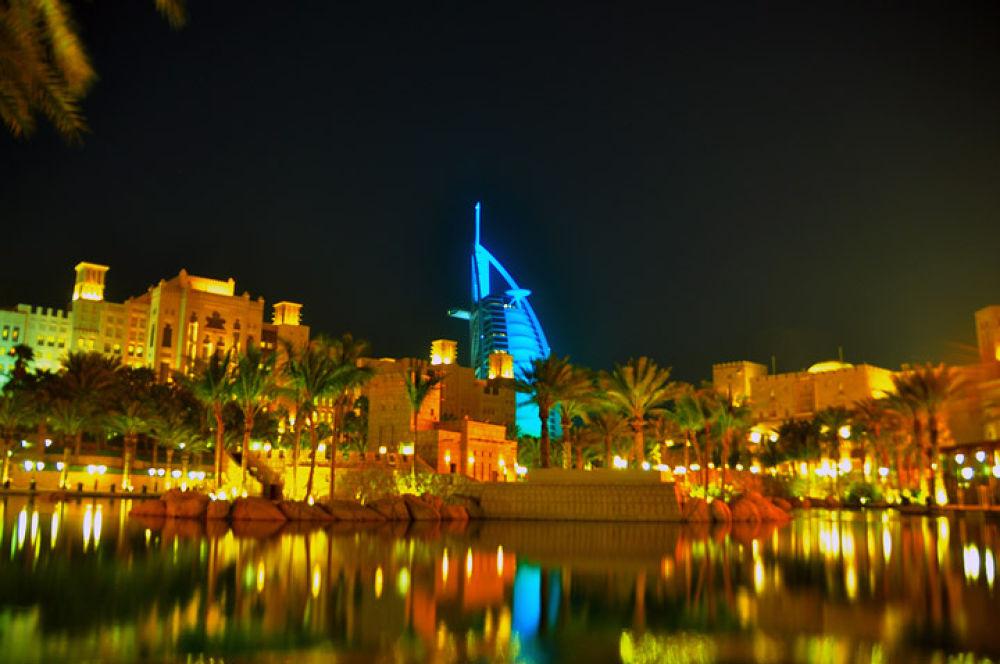 Dubai by gustinoorifansjah42