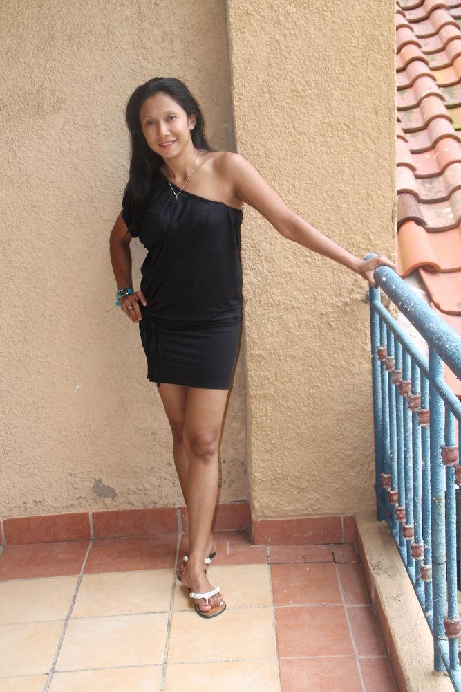 Lady in black by deasy caroline