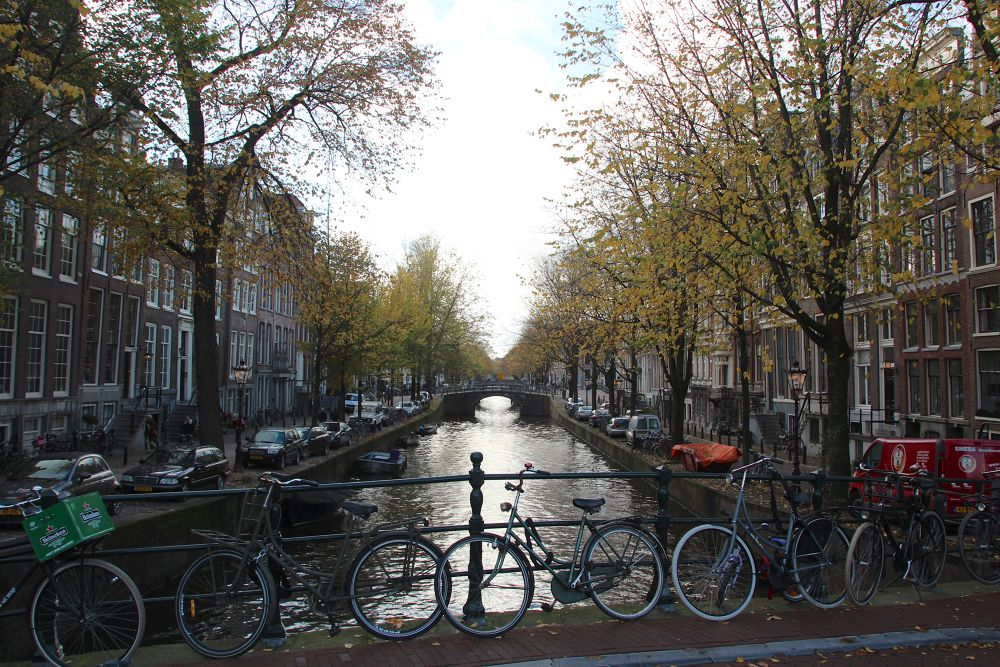 Canal in Amsterdam by Henk de Groot