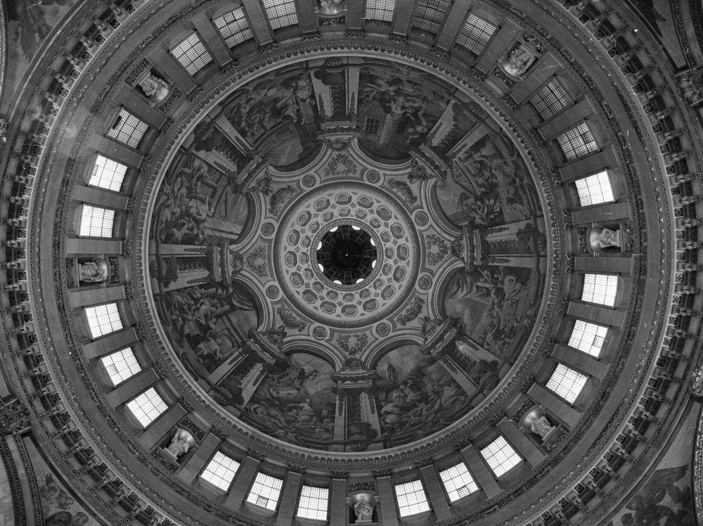 St. Paul's, London (scanned negative 1997) by Henk de Groot