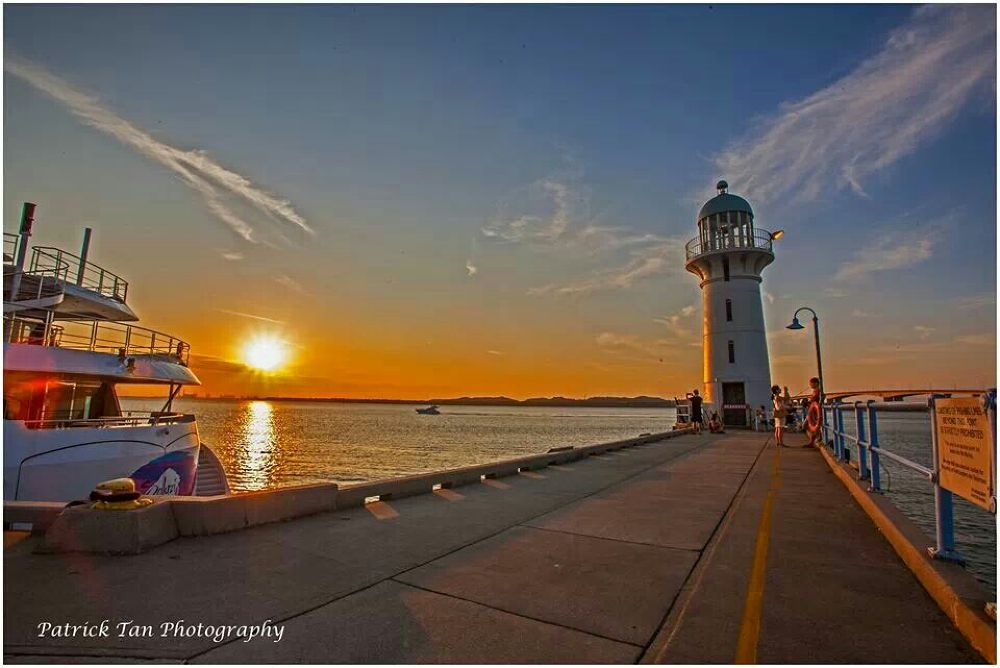 tuas lighthouse by pt64images
