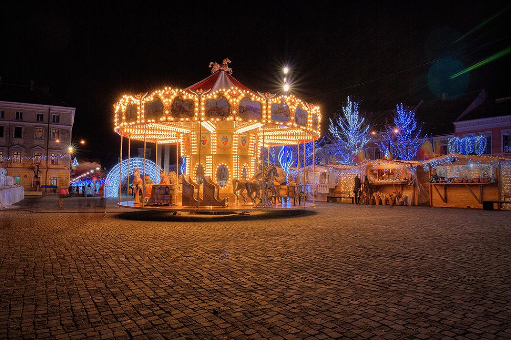 christmas carousel by Tamás Szabó