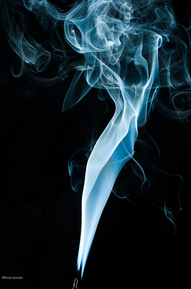 Smoke ^^^^ by nvarkawanoaziz