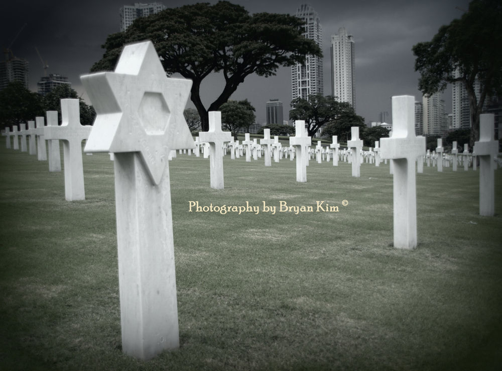 Manila Cemetery by cloudylemonade