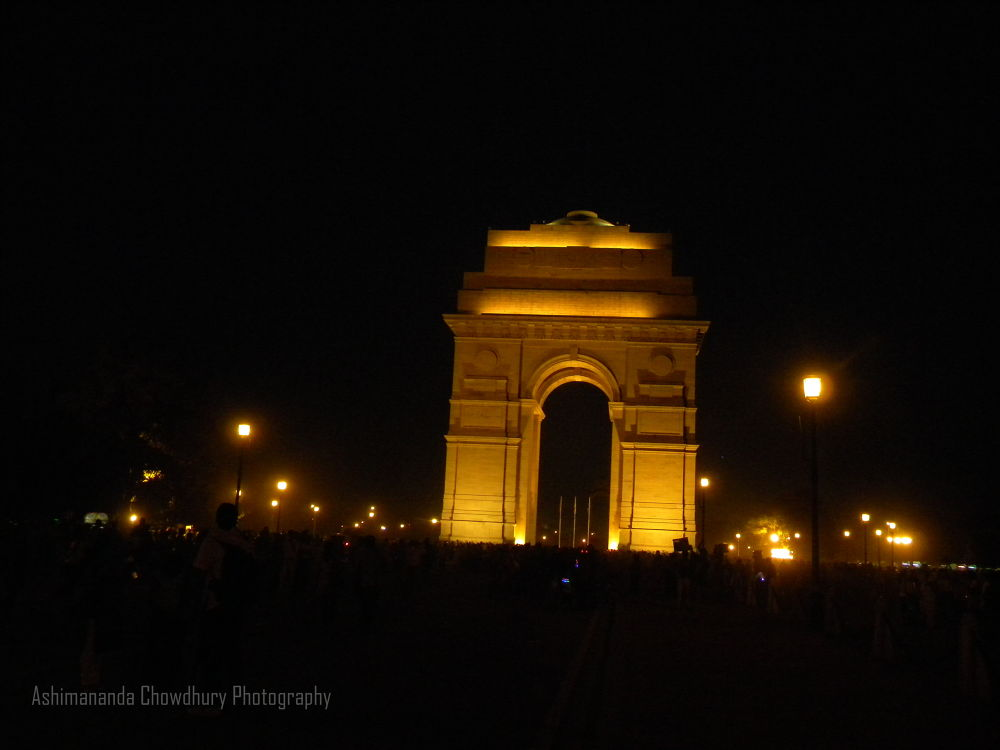 INDIA GATE , NEW DELHI by ashimananda Chowdhury