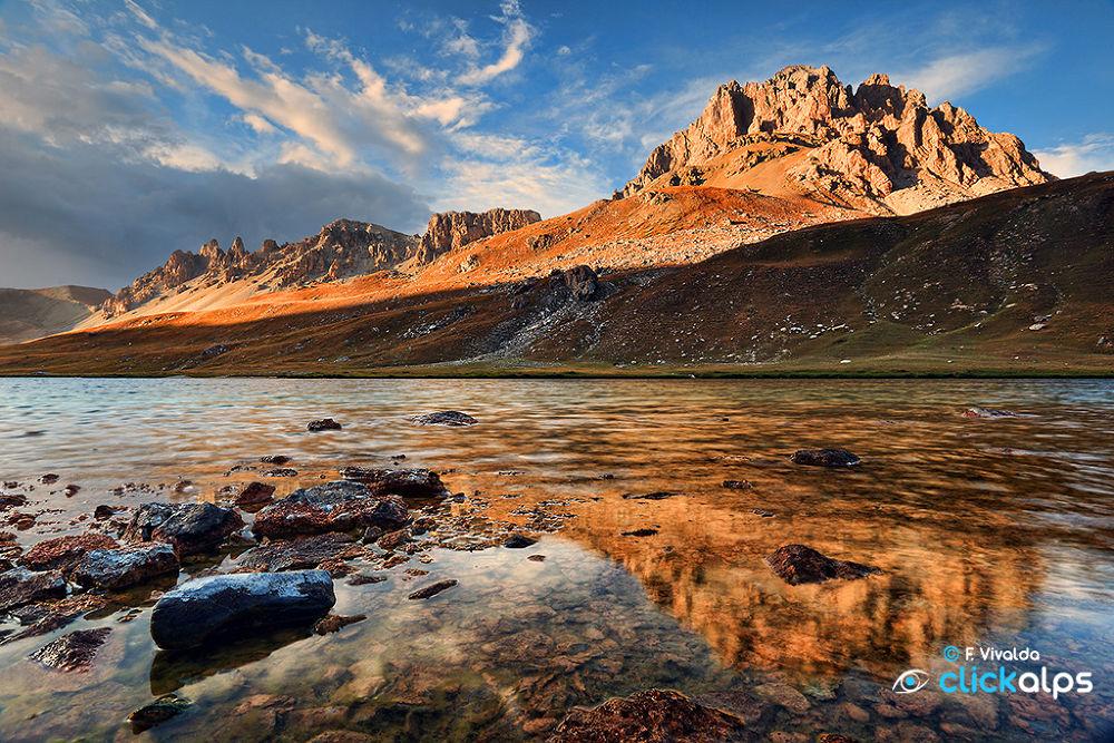 Oronaye Lake by VivaldaFabio