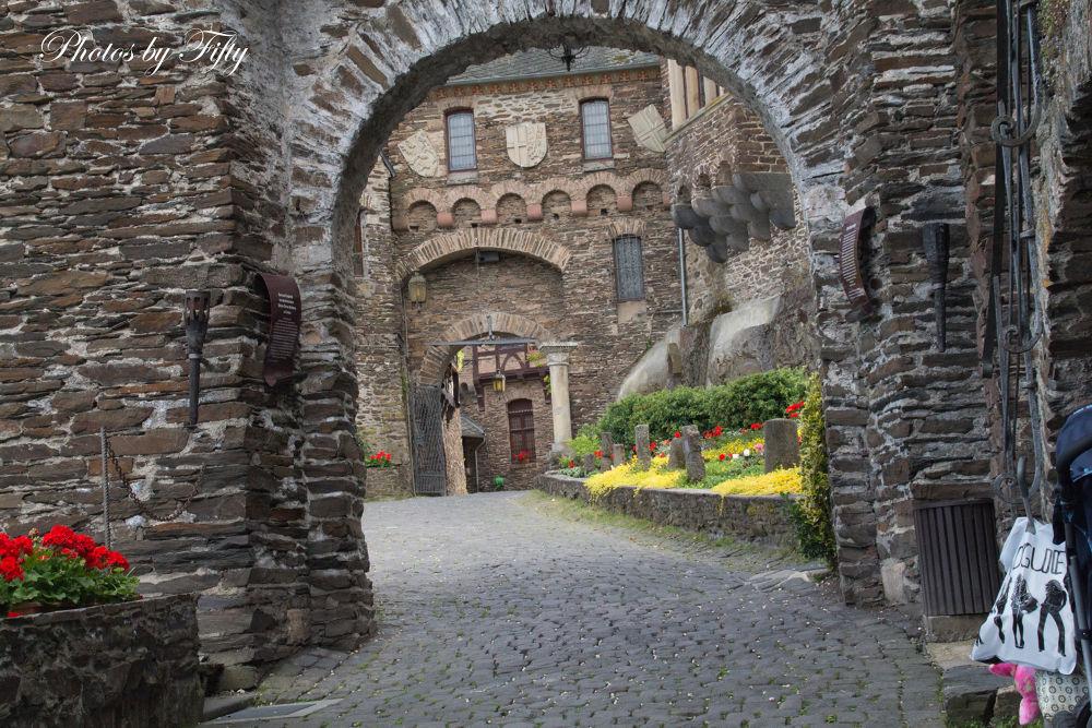 Reichsburg Cochem by CreativShots by Kai