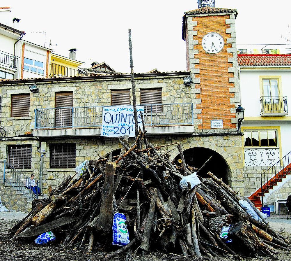 hoguera kintos Mijares by alparusanfotos