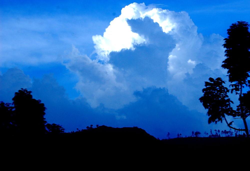 Cloud by Diana Nita