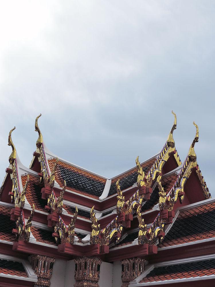 Bangkok Buddha temple 11 by niravr212