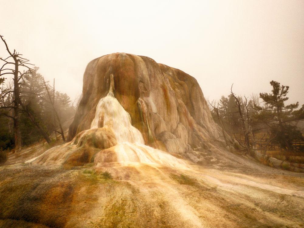 Nature's Art At Yellowstone. by mountaingoat