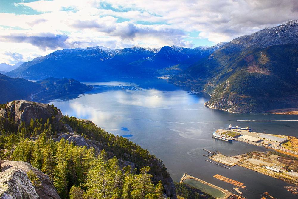 Squamish, B.C. by mountaingoat