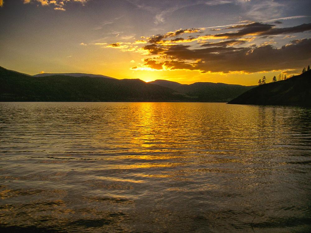 Sunset B.C. by mountaingoat