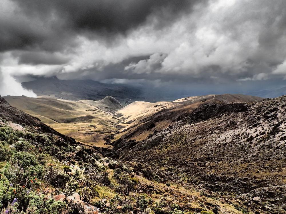 Ecuador Sun. by mountaingoat