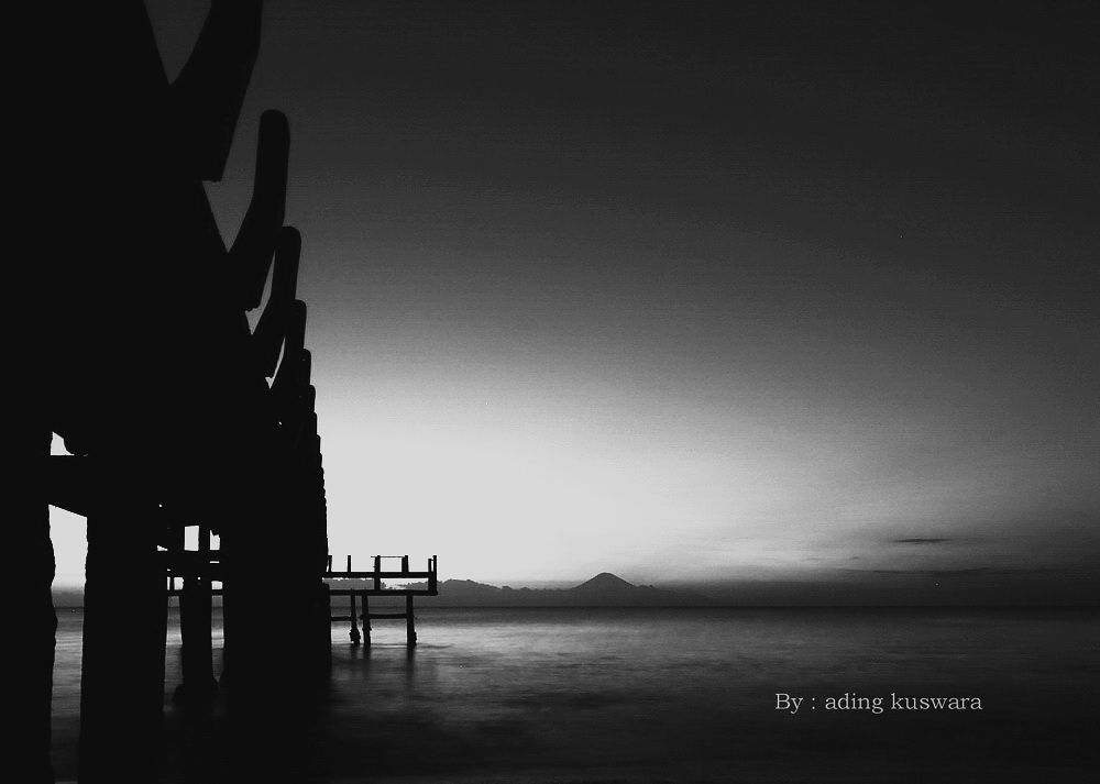 kuranji beach lombok by ading kuswara