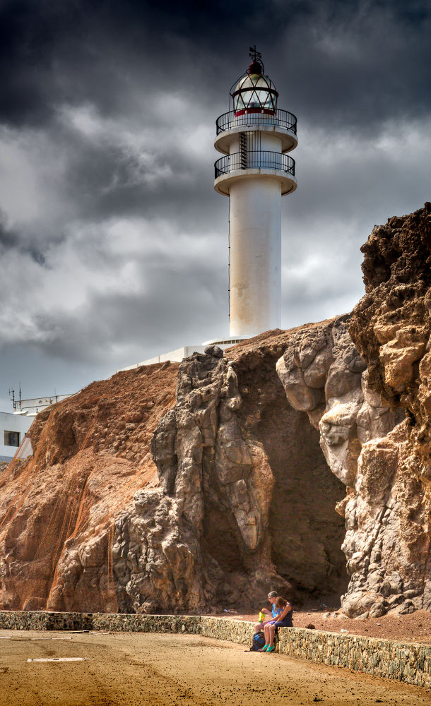 El Faro by IsisAmador