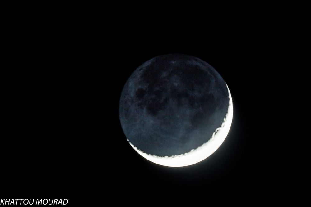 crescent moon by khattou Mourad