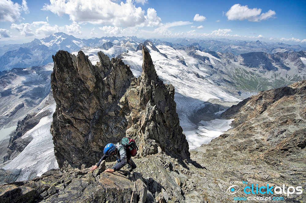 Climbing in the italian alps (foto Beno) by clickalps