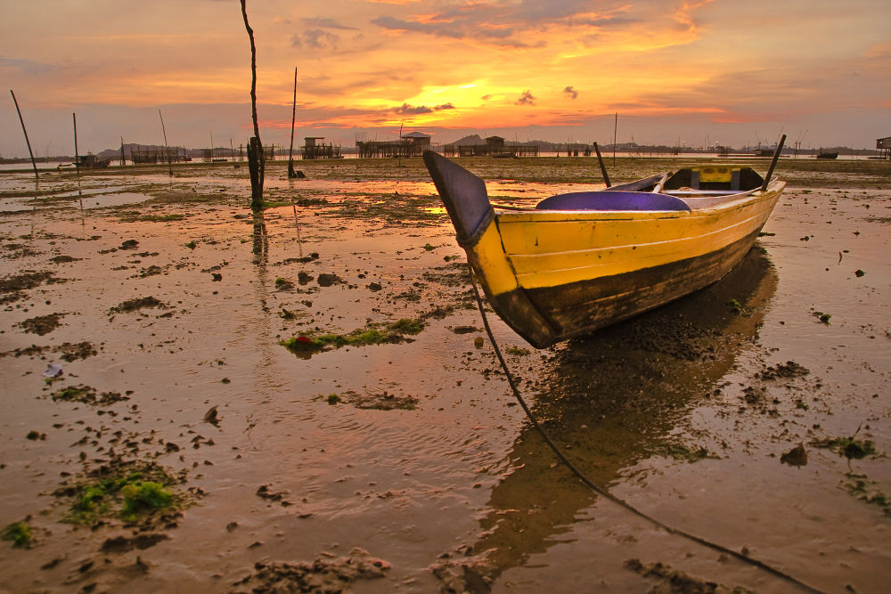 sunset by Batam Virtual