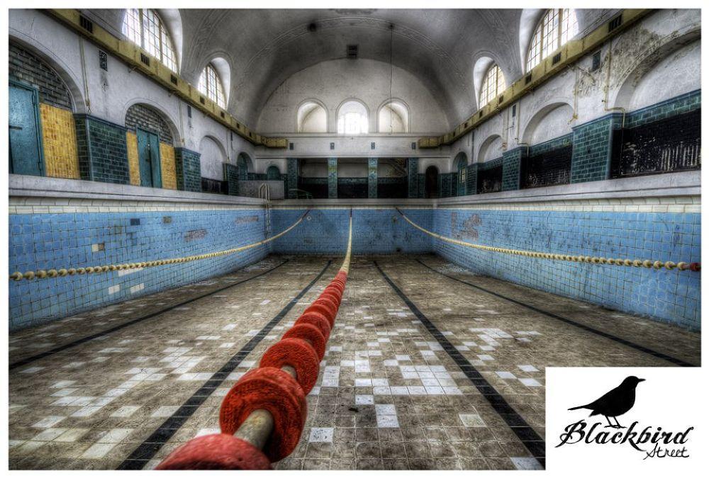 Let´s go swimming. by BlackbirdStreet