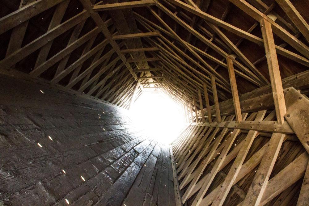 Vertigo (Inside Humbolt Bridge as part of Bridges of Madison County) by hconfer