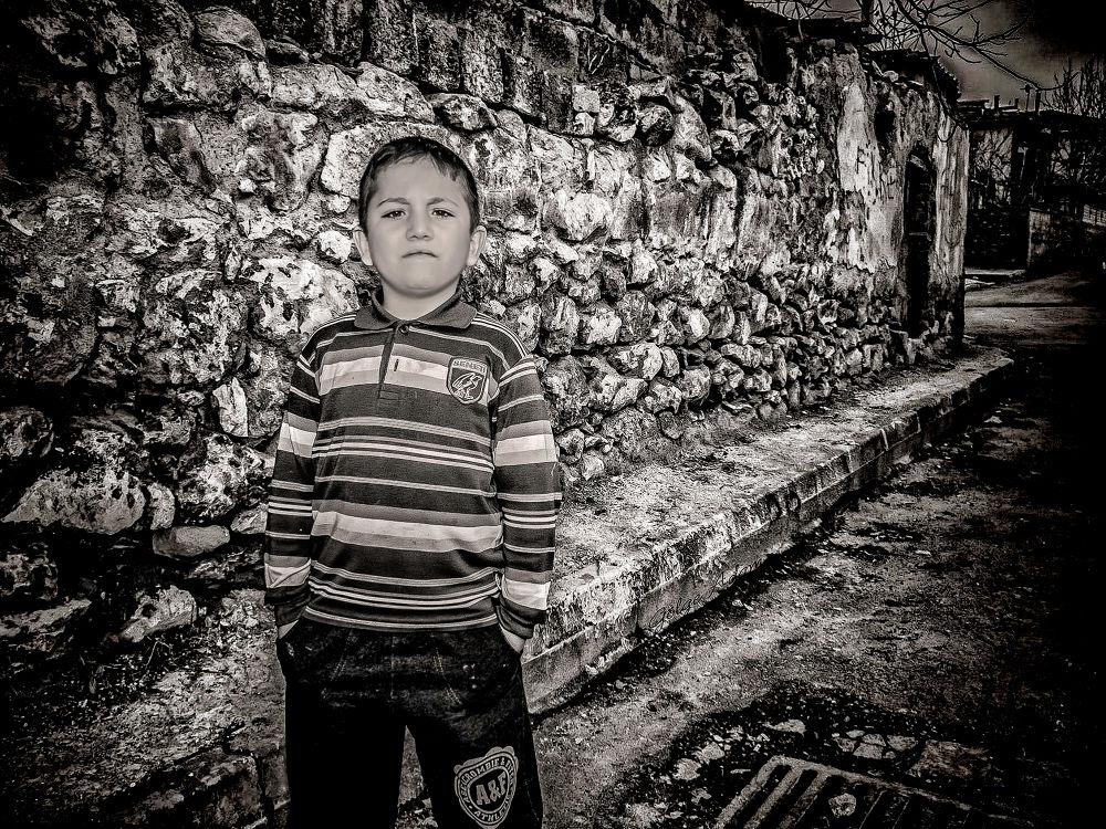 Photo in Black and White #black and white #child #figlio #bianco e nero