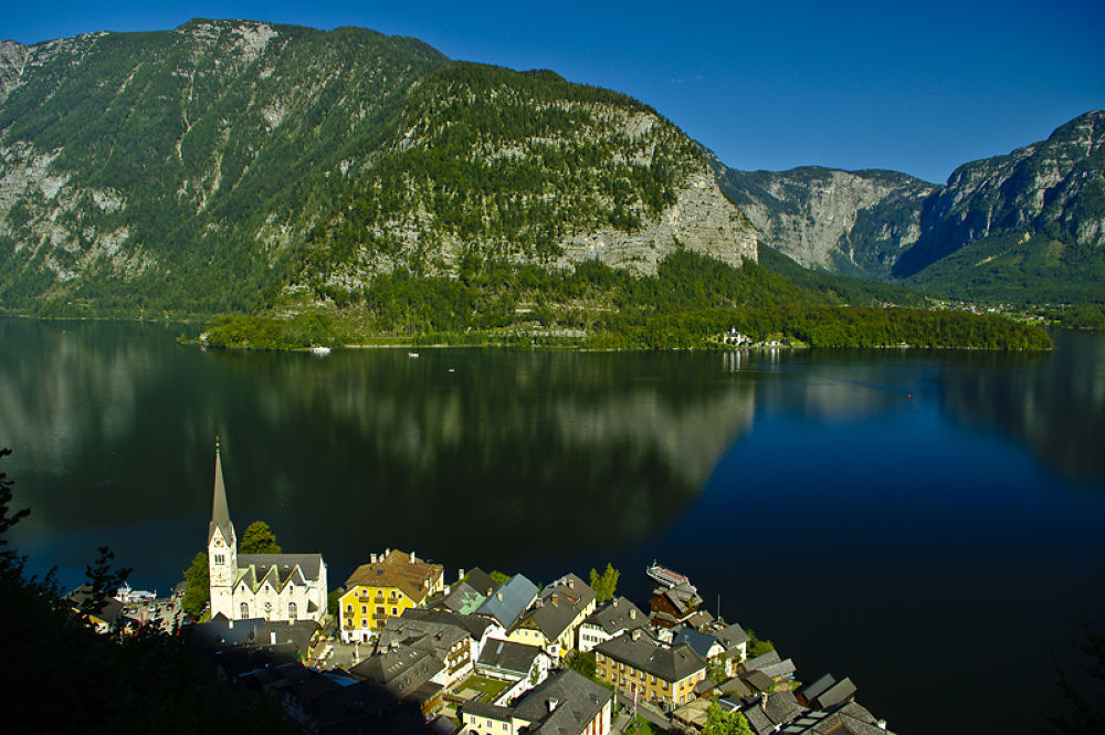 Hallstadt by Ales Tvrdy