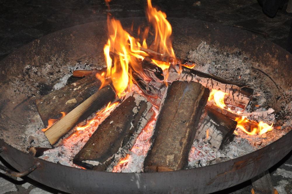 flames by zara azit