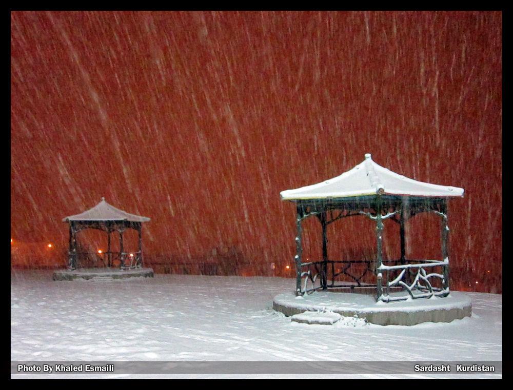 A Snowy Night by KhaledEsmaili