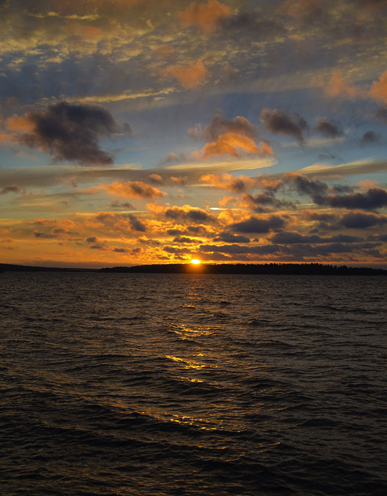 Sunrise at lake Mälaren - Sweden by Alexander Arntsen