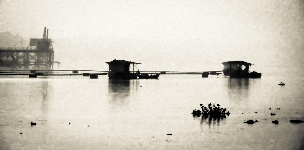 Boat House by sommukherjee