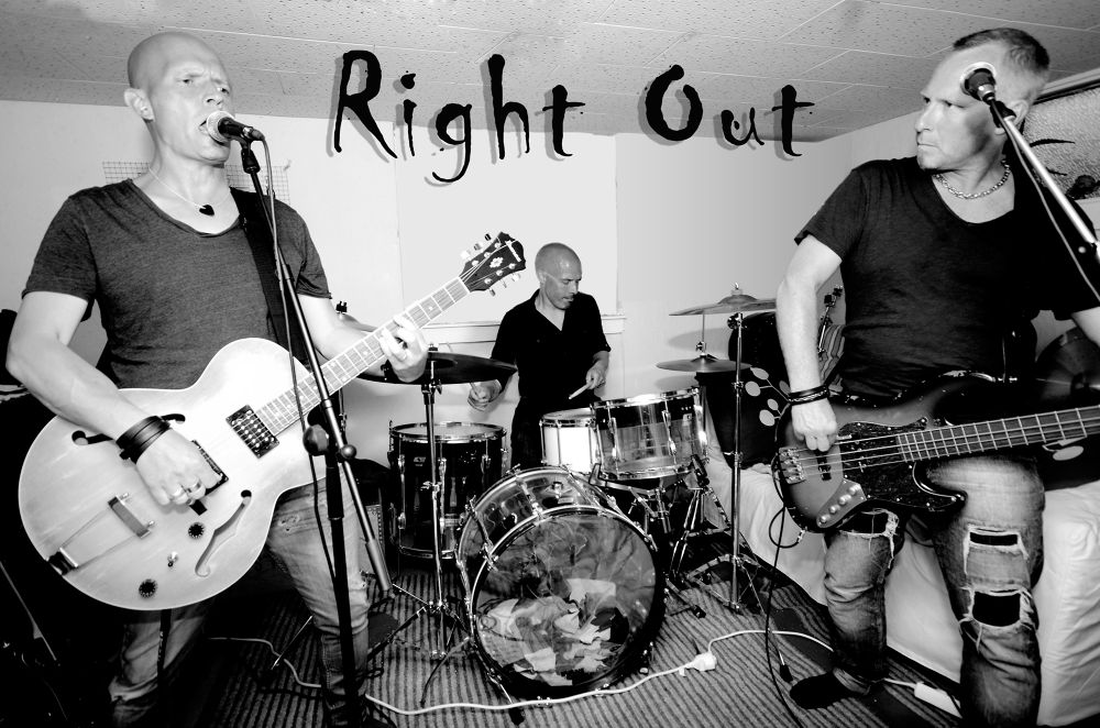 right out by tommytechno