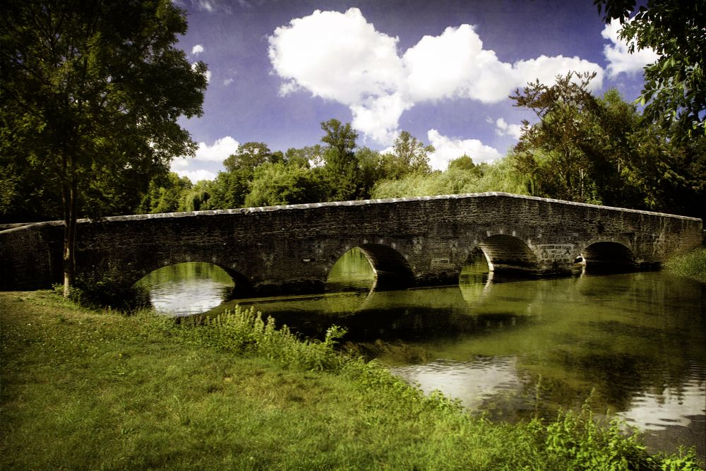 Pont coudé de Vibrac, Charente by Philip Mills