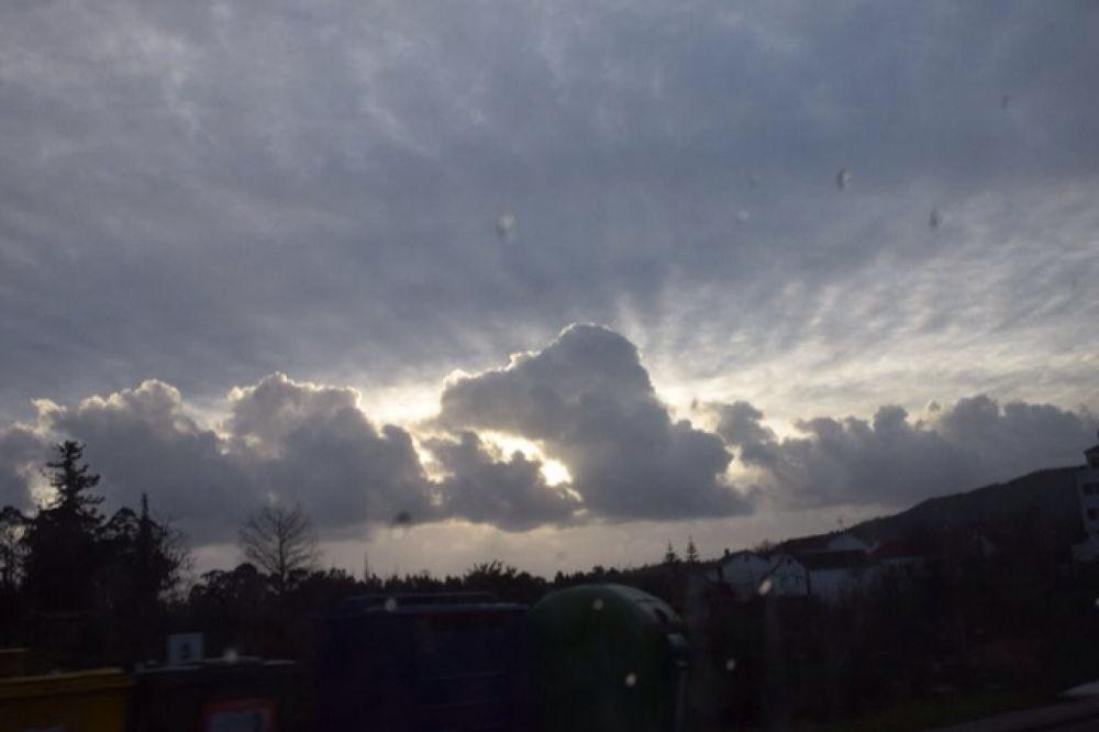 Cloudy sky by megan.dm