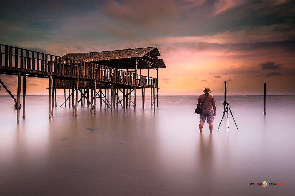 alone by Irawan