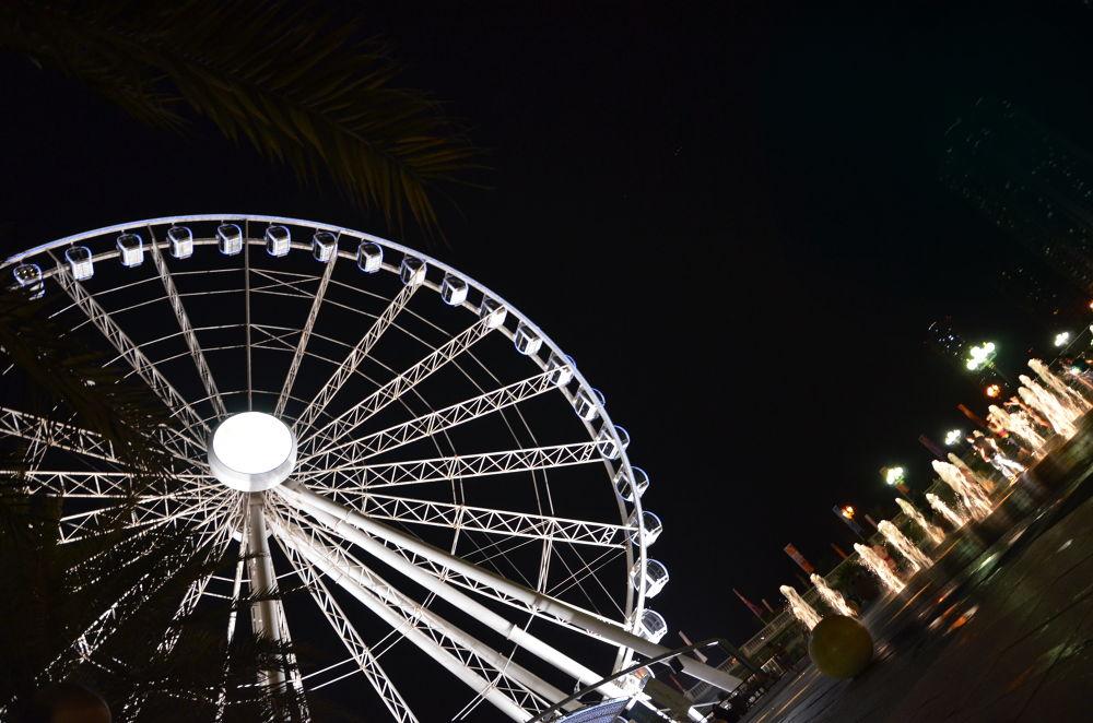 merry-go-round in Qasba park by mahya