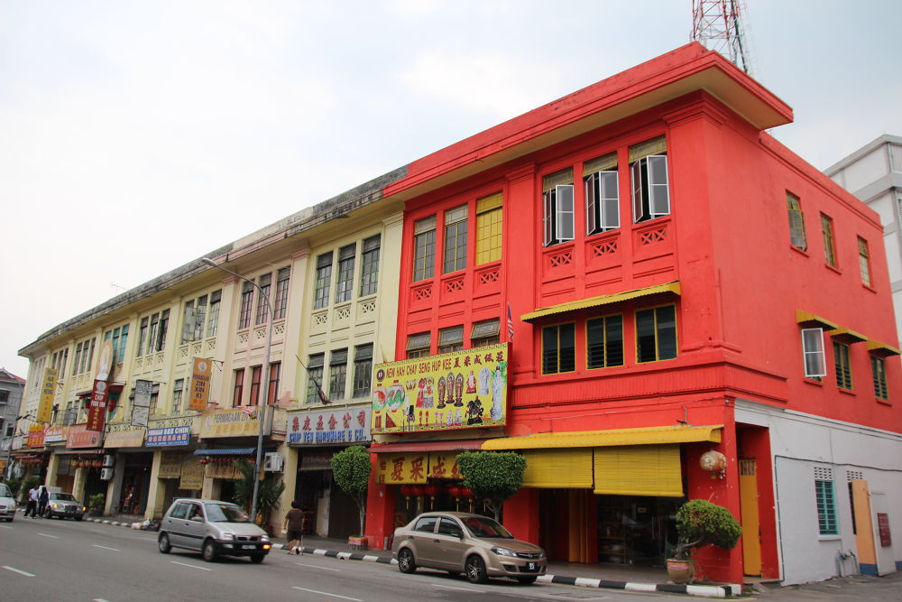 Old building in Malaysia by fragranceumlee