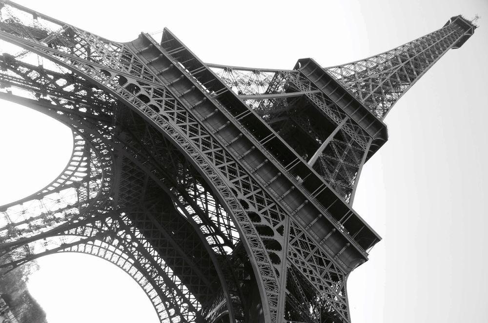PARIS, FRANCE by claudineifortes