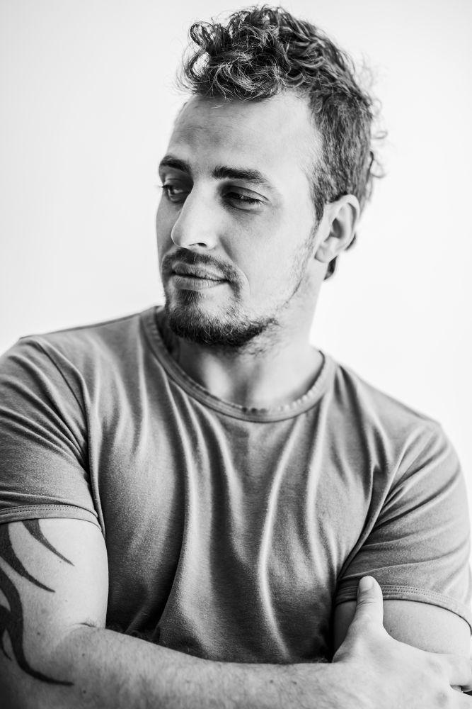 autoportret  by markus.nikola.mironovic