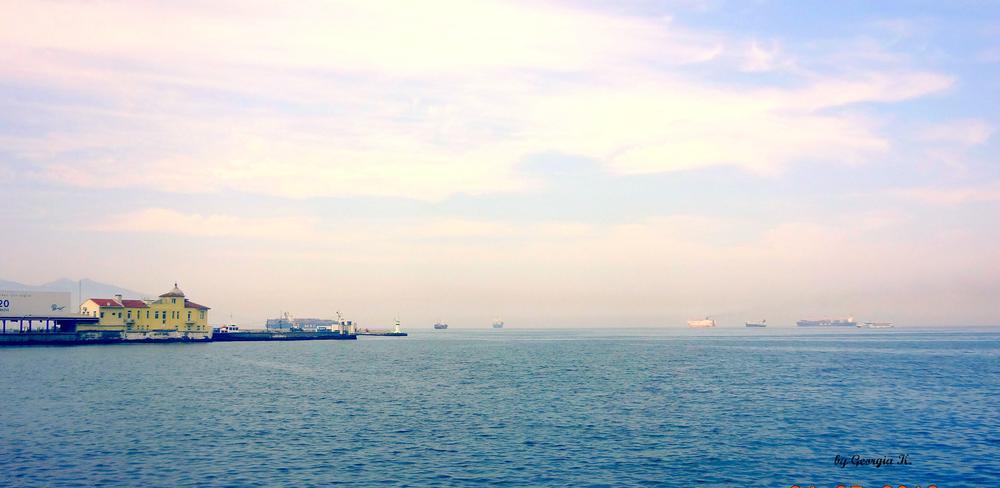 sea.. by GeorgiaKom