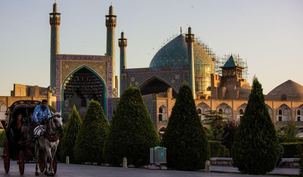 Naghshe Jahan Square by Mahmood Asadzade Esfahani