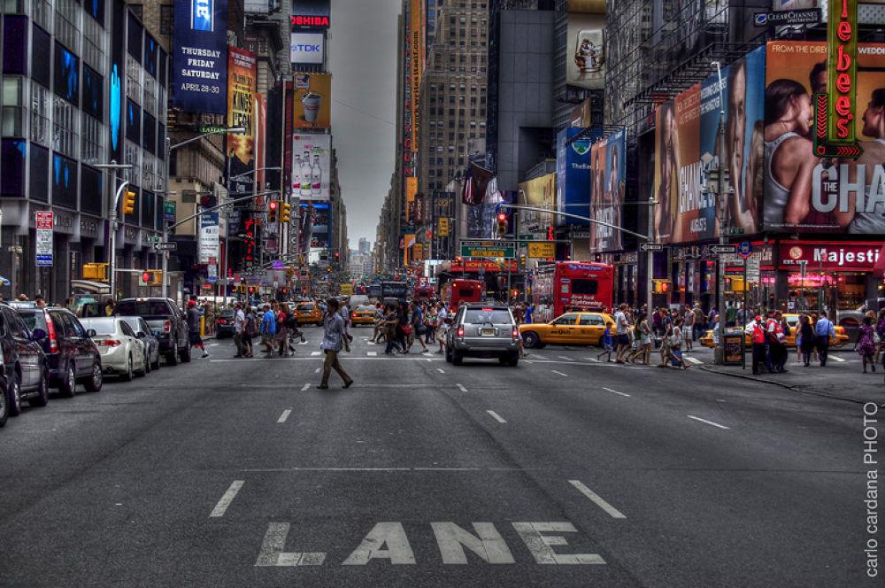 N.Y. street.. by CarloCardana