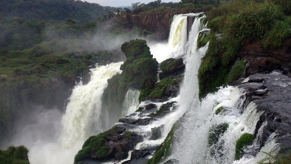 Iguazu- Argentina by Fabio Balada