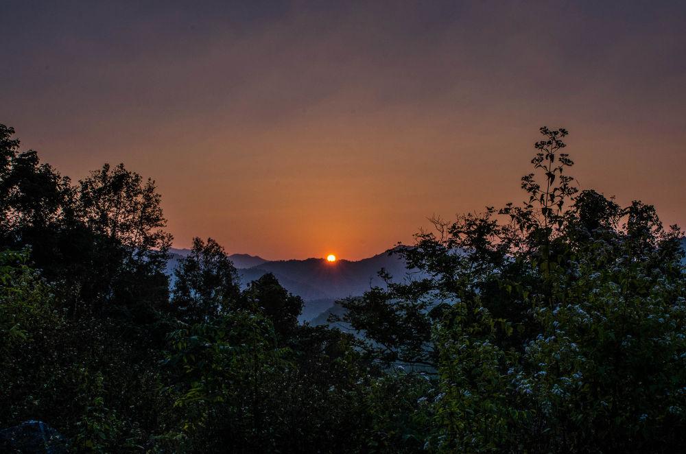 Sunset by ThoiChanSon