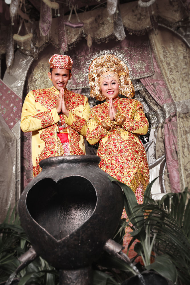 Wedding by Fardi Bestari