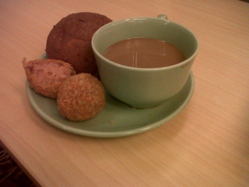 Breakfast time by putrasetyawan942