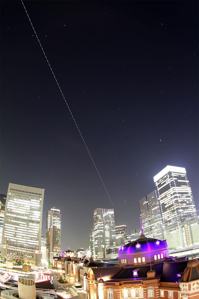 ISS has gone above Tokyo station. by Yoshiko Komatsu