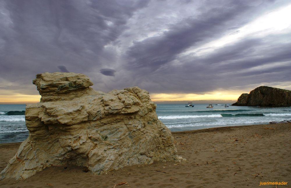 Playa del Peñón Blanco by JuanMercader