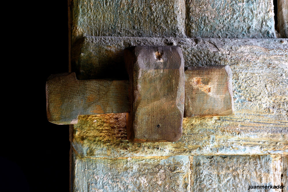 Door (5) by JuanMercader