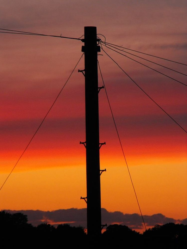 Sunset silhouette  by alityrrell3